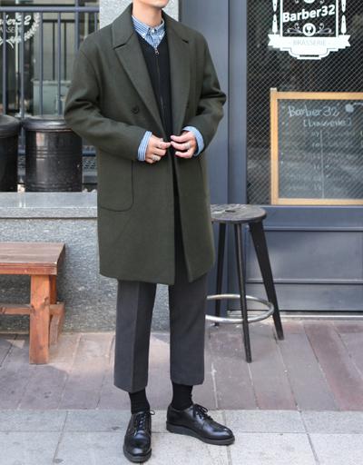 락커룸 발렌티 울 더블 코트/딱 떨어지는 핏과 무난한 디자인,한겨울까지 입기 좋은 두툼한 울 블렌드 원단